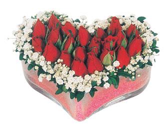 Kastamonu çiçekçi telefonları  mika kalpte kirmizi güller 9