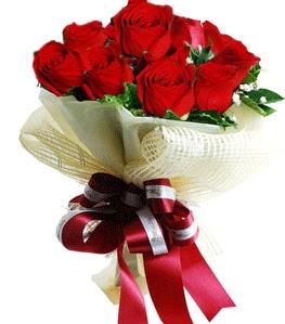 9 adet kırmızı gülden buket tanzimi  Kastamonu çiçek gönderme sitemiz güvenlidir