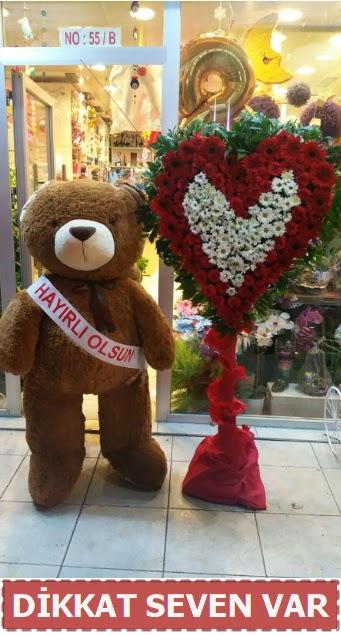 1.5 Metre peluş ayı ve Kalp  Kastamonu çiçek gönderme sitemiz güvenlidir