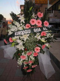 kazablanka,gerbera,sebboy ferforje  Kastamonu çiçekçi mağazası