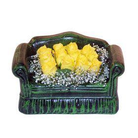 Seramik koltuk 12 sari gül   Kastamonu ucuz çiçek gönder