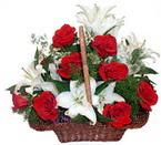 sepette gül ve kazablankalar   Kastamonu çiçekçi mağazası