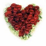kalp biçiminde 15 gülden   Kastamonu güvenli kaliteli hızlı çiçek