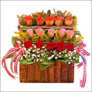 sandikta 3 kat güllerden   Kastamonu cicekciler , cicek siparisi