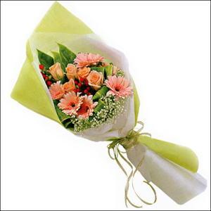 sade güllü buket demeti  Kastamonu çiçekçi mağazası