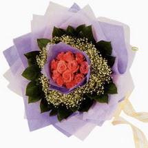 12 adet gül ve elyaflardan   Kastamonu çiçekçi mağazası