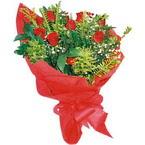 10 adet kirmizi gül buketi  Kastamonu çiçek yolla