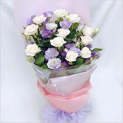 Kastamonu internetten çiçek satışı  BEYAZ GÜLLER VE KIR ÇIÇEKLERIS BUKETI