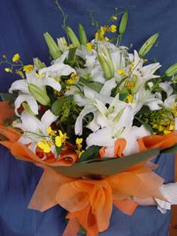 Kastamonu internetten çiçek satışı  5 ADET KAZABLANKA BUKETI KALITEDEN SASMAYANLARA