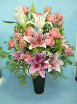 Kastamonu internetten çiçek satışı  cam vazo içerisinde 21 gül 1 kazablanka