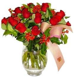 Kastamonu çiçekçi mağazası  11 adet kirmizi gül  cam aranjman halinde