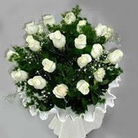 Kastamonu hediye çiçek yolla  11 adet beyaz gül buketi ve bembeyaz amnbalaj