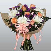 güller ve kir çiçekleri demeti   Kastamonu çiçekçiler