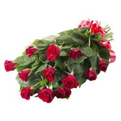 11 adet kirmizi gül buketi  Kastamonu yurtiçi ve yurtdışı çiçek siparişi