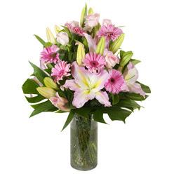 vazo içerisinde karisik mevsim çiçekleri  Kastamonu internetten çiçek siparişi
