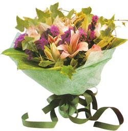 karisik mevsim buketi anneler günü ve sevilenlere  Kastamonu çiçekçi mağazası