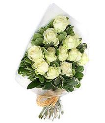 Kastamonu online çiçekçi , çiçek siparişi  12 li beyaz gül buketi.