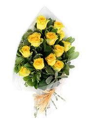 Kastamonu güvenli kaliteli hızlı çiçek  12 li sari gül buketi.