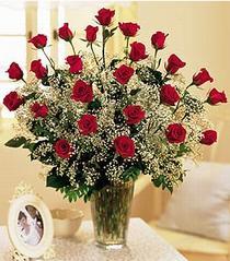 Kastamonu çiçek , çiçekçi , çiçekçilik  özel günler için 12 adet kirmizi gül