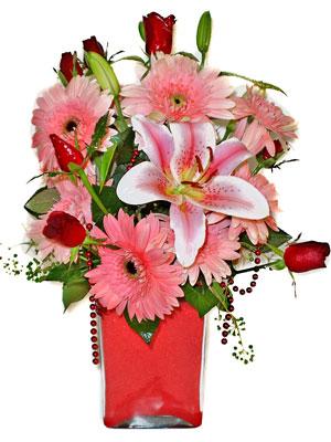 Kastamonu cicek , cicekci  karisik cam yada mika vazoda mevsim çiçekleri mevsim demeti