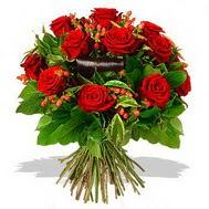 9 adet kirmizi gül ve kir çiçekleri  Kastamonu internetten çiçek satışı