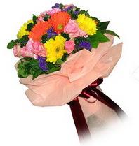 Kastamonu çiçekçi mağazası  Karisik mevsim çiçeklerinden demet