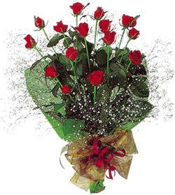 11 adet kirmizi gül buketi özel hediyelik  Kastamonu çiçekçi mağazası