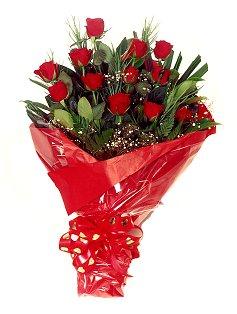12 adet kirmizi gül buketi  Kastamonu çiçekçiler