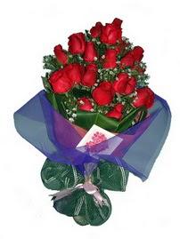 12 adet kirmizi gül buketi  Kastamonu online çiçek gönderme sipariş
