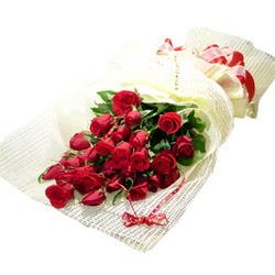 Çiçek gönderme 13 adet kirmizi gül buketi  Kastamonu çiçek satışı