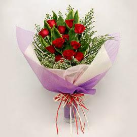 çiçekçi dükkanindan 11 adet gül buket  Kastamonu çiçekçi mağazası