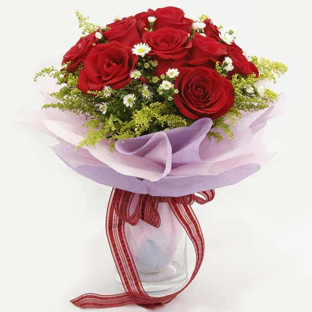 Çiçek gönderme estetikliginiz 11 gül buket  Kastamonu çiçekçi mağazası