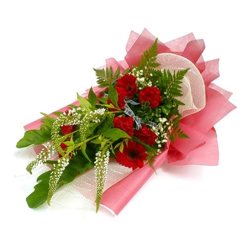 Karisik çiçek buketi mevsim buket  Kastamonu çiçek siparişi sitesi