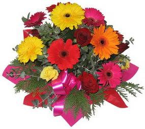 Karisik mevsim çiçeklerinden buket  Kastamonu hediye sevgilime hediye çiçek