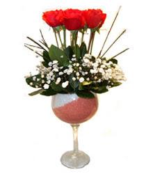 Kastamonu çiçekçiler  cam kadeh içinde 7 adet kirmizi gül çiçek