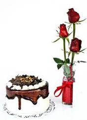 Kastamonu çiçek siparişi vermek  vazoda 3 adet kirmizi gül ve yaspasta