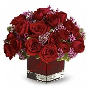 11 adet kırmızı gül vazosu  Kastamonu çiçekçiler