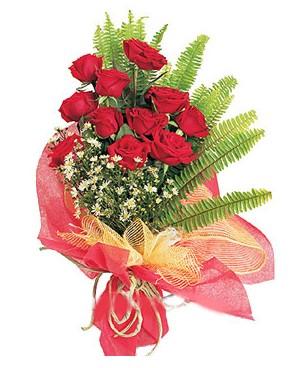 Kastamonu İnternetten çiçek siparişi  11 adet kırmızı güllerden buket modeli
