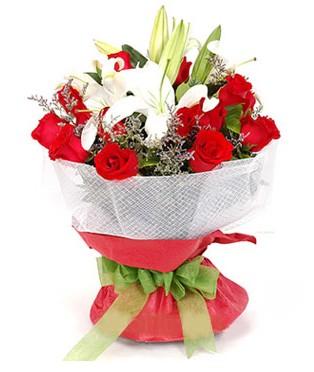 Kastamonu hediye çiçek yolla  1 dal kazablanka 11 adet kırmızı gül buketi