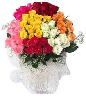 Kastamonu çiçekçi telefonları  51 adet farklı renklerde gül buketi