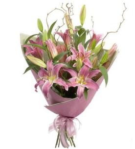 Kastamonu İnternetten çiçek siparişi  3 dal cazablanca buket çiçeği