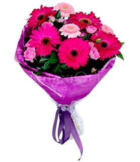 Kastamonu çiçek siparişi sitesi  karışık gerbera çiçeği buketi