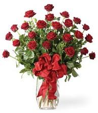 Sevgilime sıradışı hediye güller 24 gül  Kastamonu 14 şubat sevgililer günü çiçek