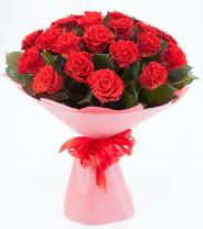 12 adet kırmızı gül buketi  Kastamonu çiçek siparişi sitesi