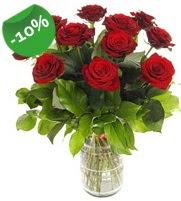 11 adet vazo içerisinde kırmızı gül  Kastamonu online çiçek gönderme sipariş