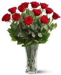 11 adet kırmızı gül vazoda  Kastamonu internetten çiçek siparişi