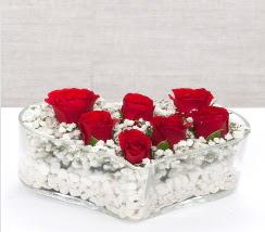 kalp içerisinde 7 adet kırmızı gül  Kastamonu çiçek siparişi vermek