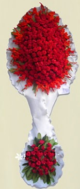 Çift katlı kıpkırmızı düğün açılış çiçeği  Kastamonu anneler günü çiçek yolla