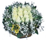 Kastamonu çiçekçiler  Beyaz harika bir gül sepeti