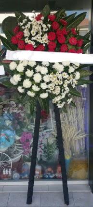 Cenaze çiçeği cenaze çiçek modelleri  Kastamonu çiçek siparişi sitesi